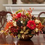 Simple Beautiful Fall Center Pieces With Flowers On Table