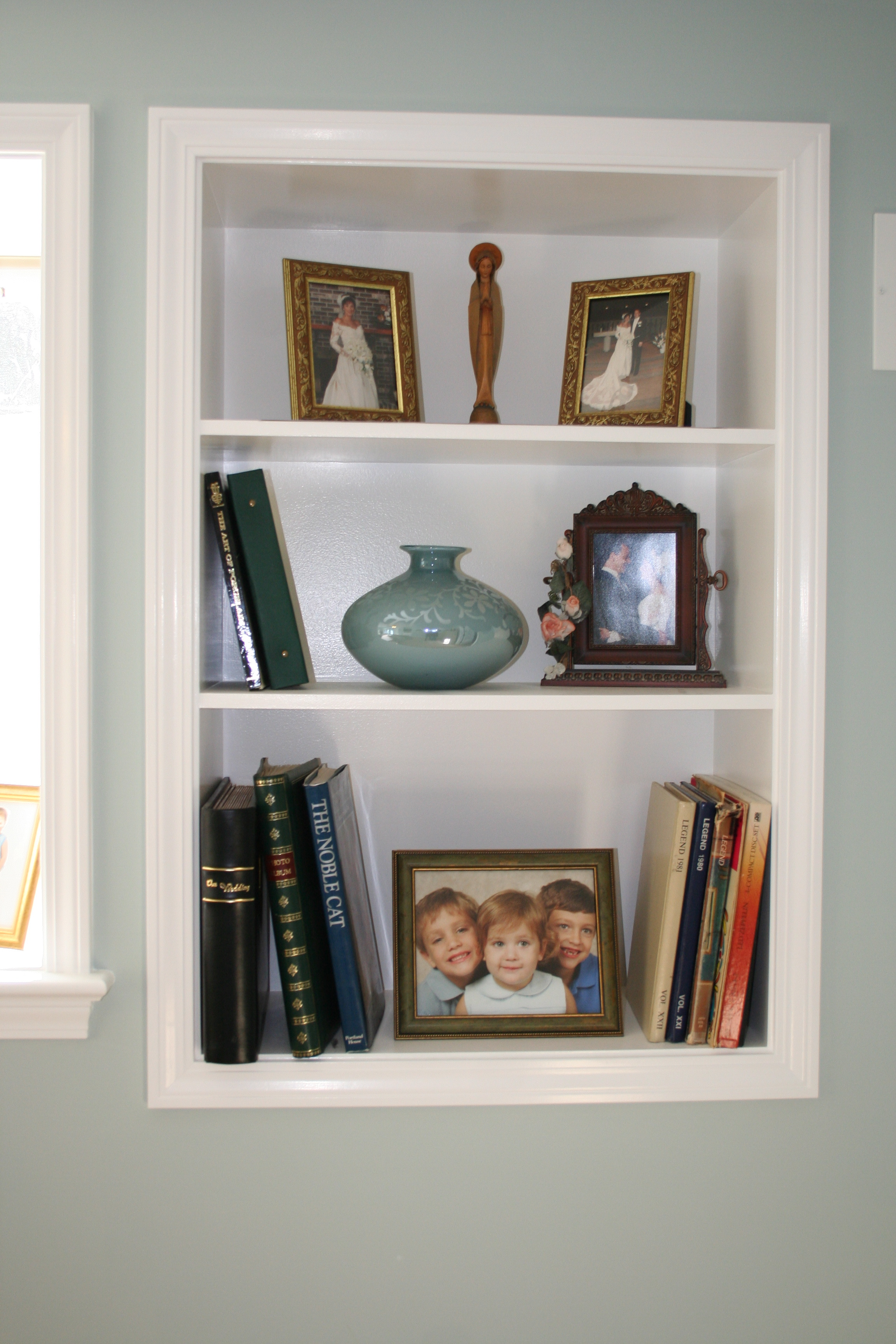 Do It Yourself Home Design: Wall Shelves For Books Design