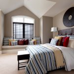 Striped Color Theme Of Bedroom Ideas For Young Adults