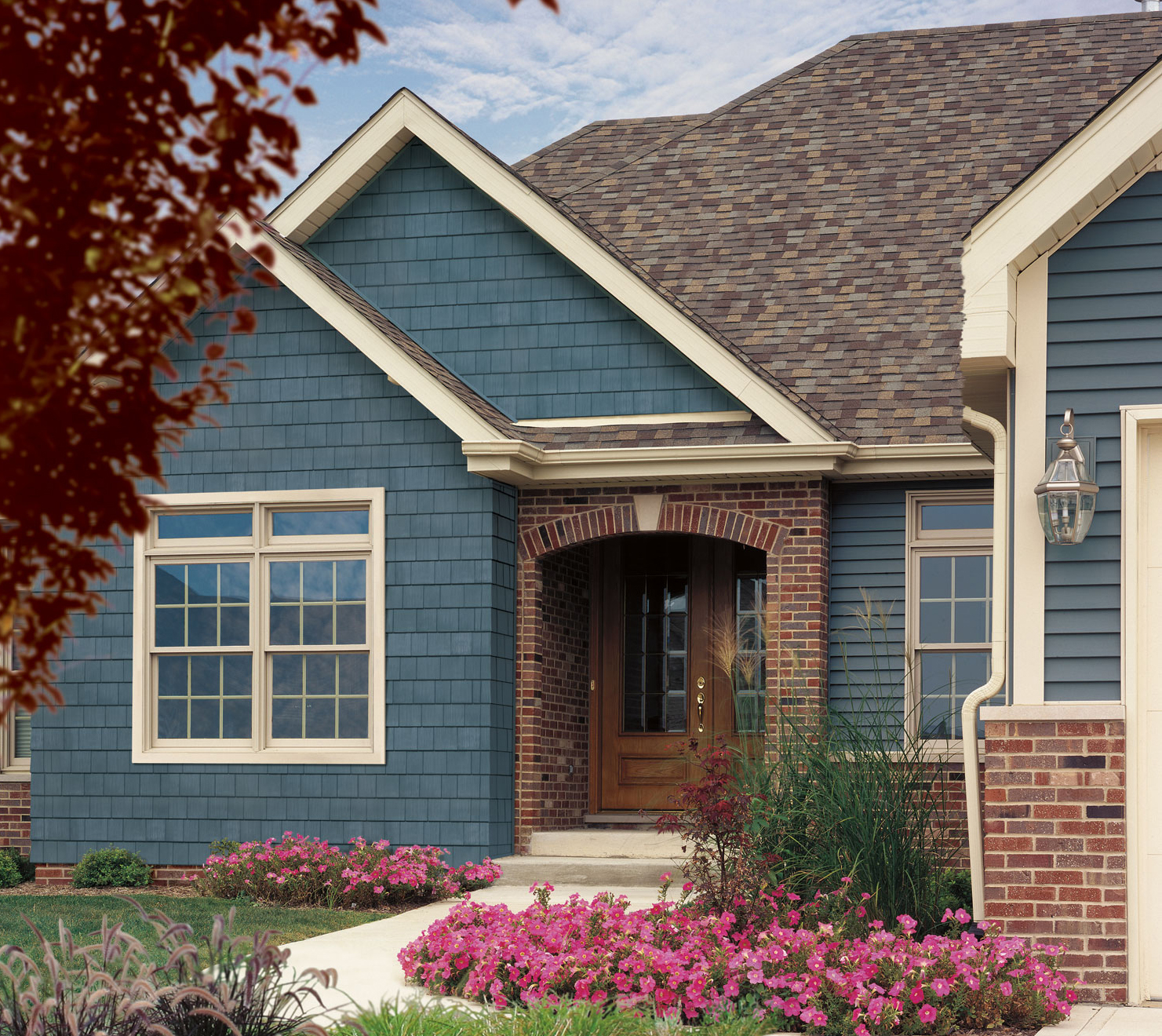 Siding options for homes homesfeed for Wood house siding options