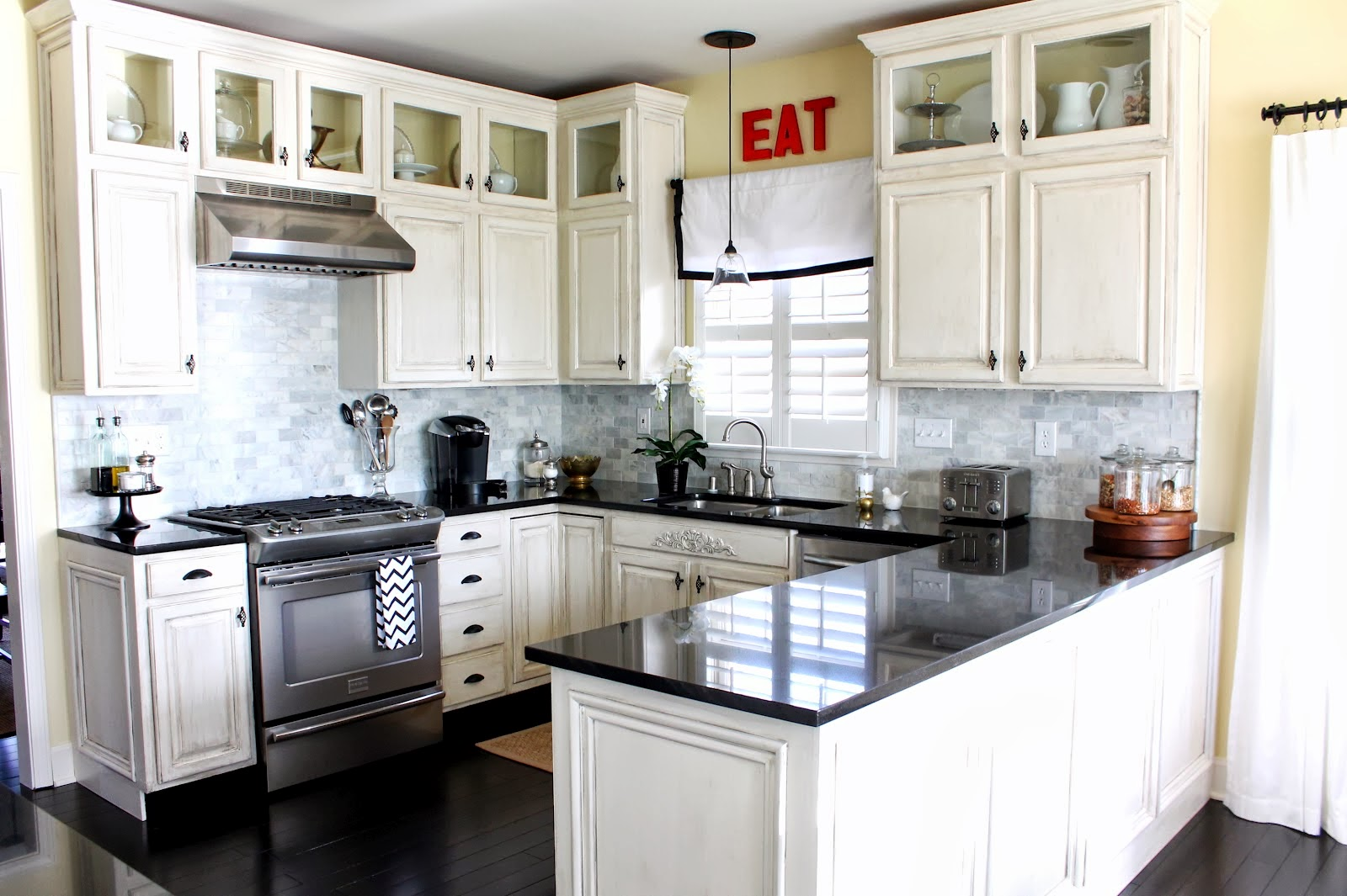 White Kitchen Cabinets Ideas With Cool Wall Tile