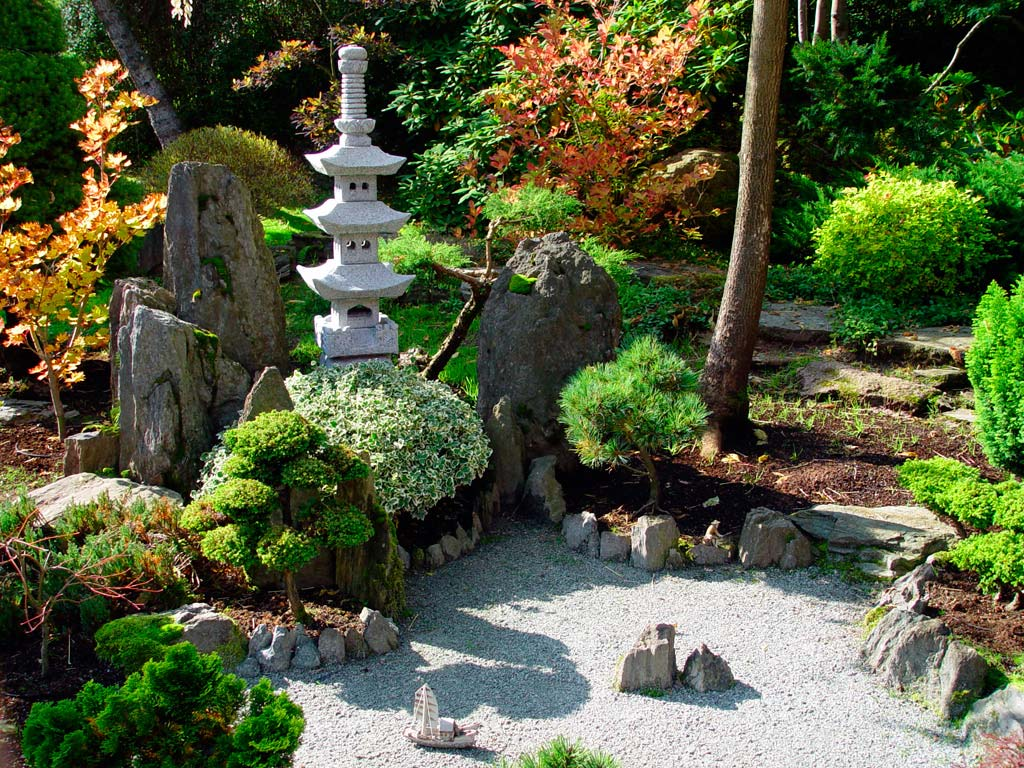 Adorable Small Japanese Garden Idea With Concrete Patio With Thin Temple  And Stone Decoration And Hydrangea