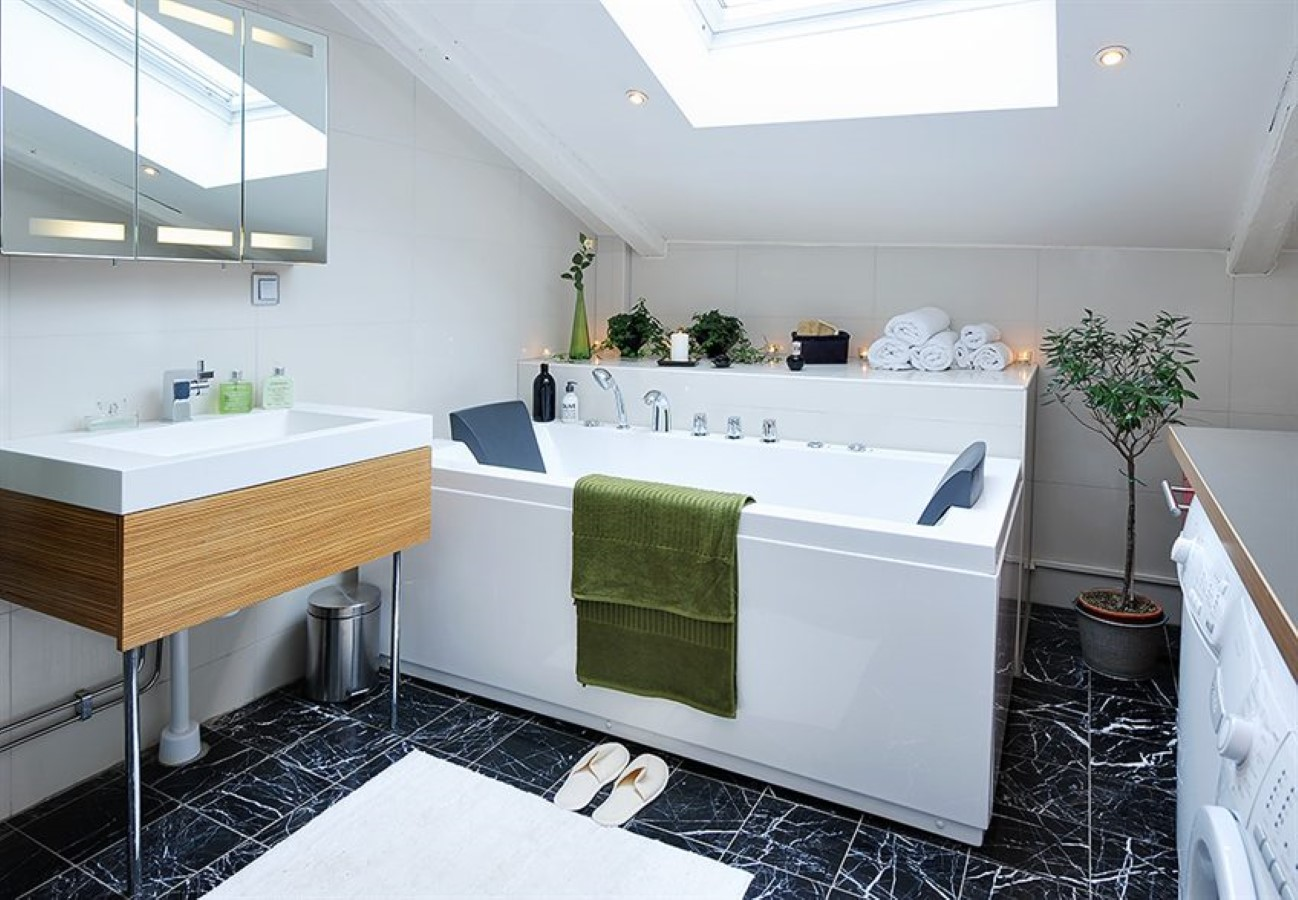 Bathroom Design Qualification urban bathroom design for those with plenty of expectation | homesfeed