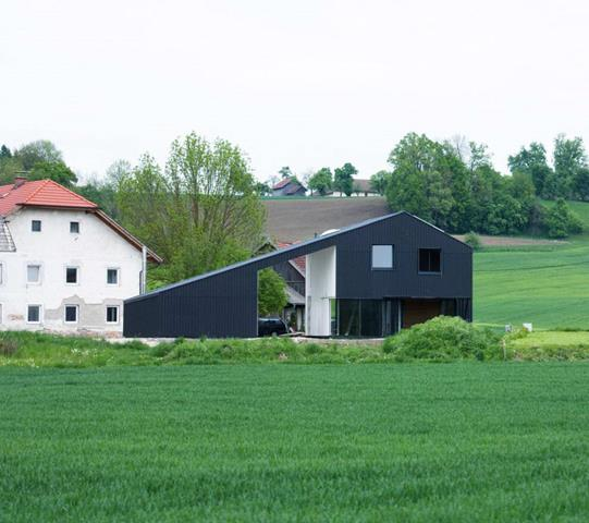 Small farm house design offers more than a house feeling for Small farm design