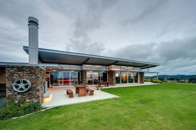 Eco friendly modern house design from simple to perfect for Modern eco friendly house plans