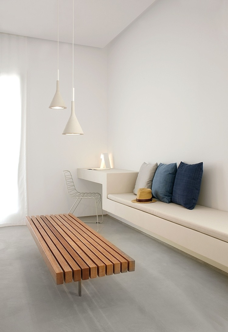 Interior with minimalism shows the best rational for Minimalist wall