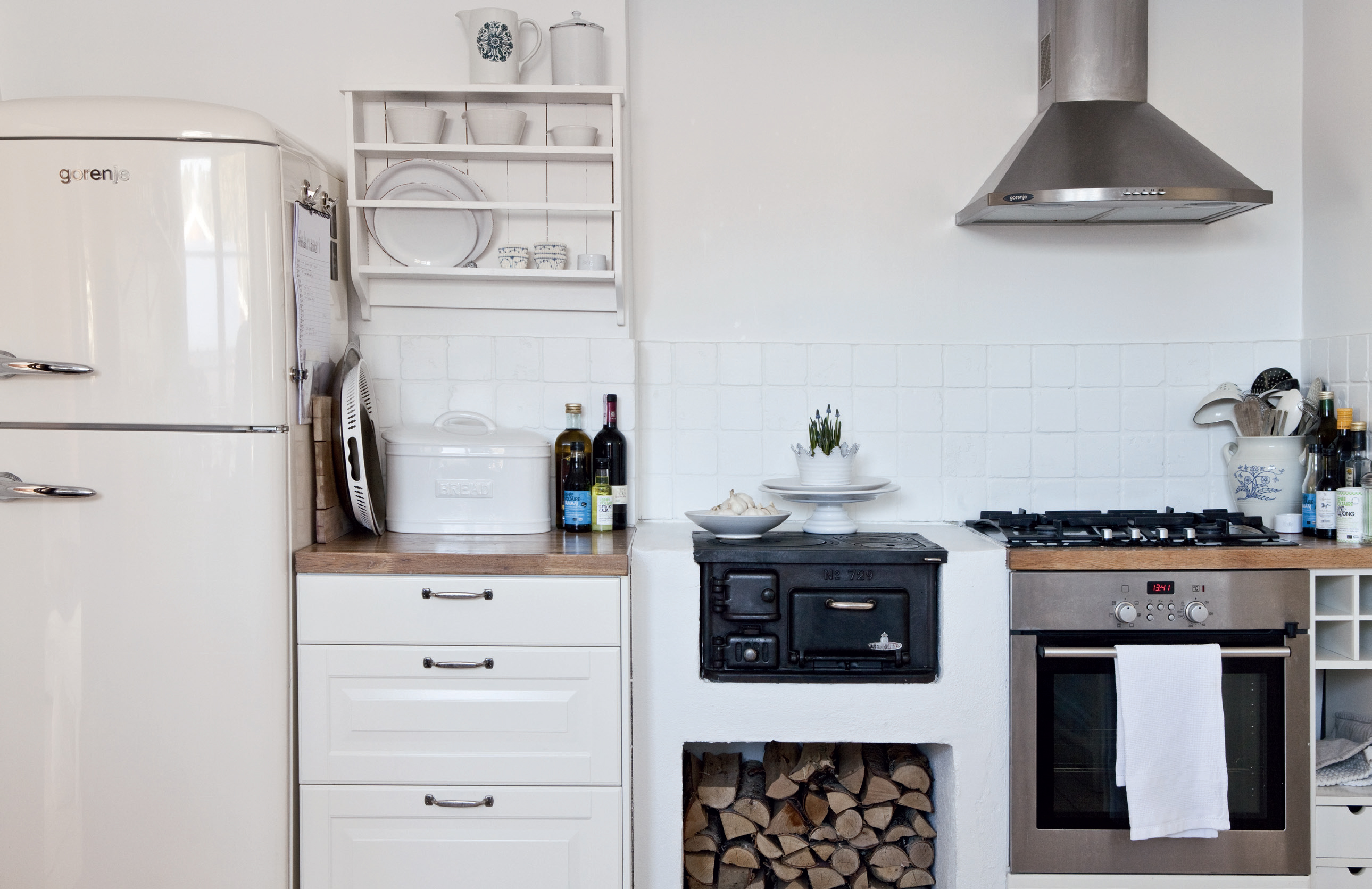 The Small Stove Oven Upgrading Your Kitchen Space | HomesFeed
