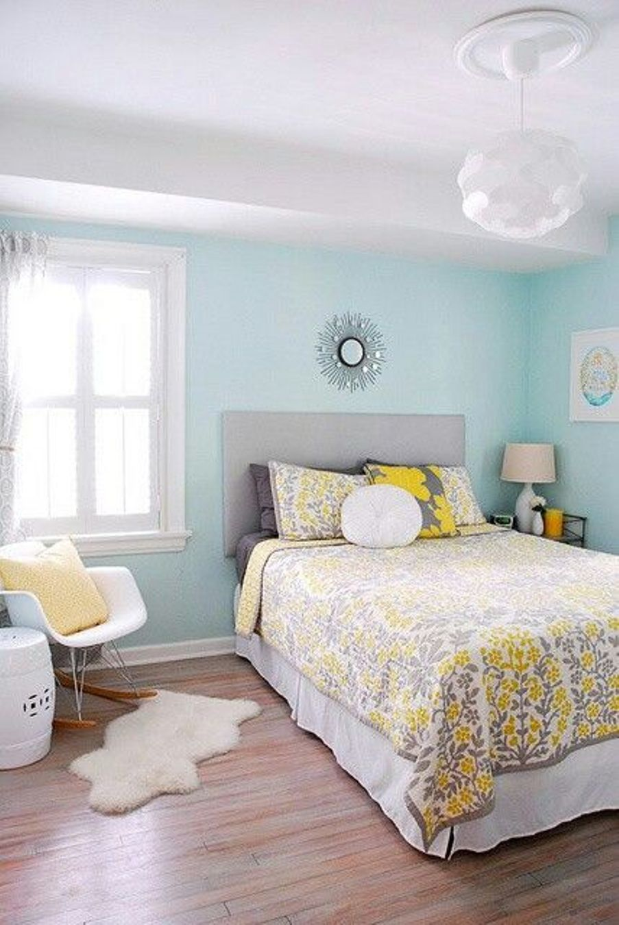 Genial Light Blue Best Paint Colors For Small Room With Glass Window And White  Ceiling And Wooden