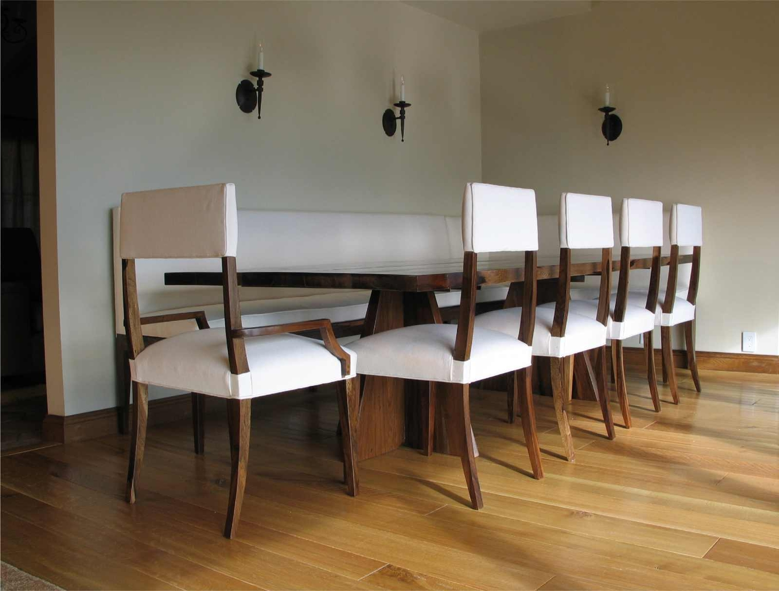 Banquette Seating Design For Compact And Fashionable Gathering Season HomesFeed