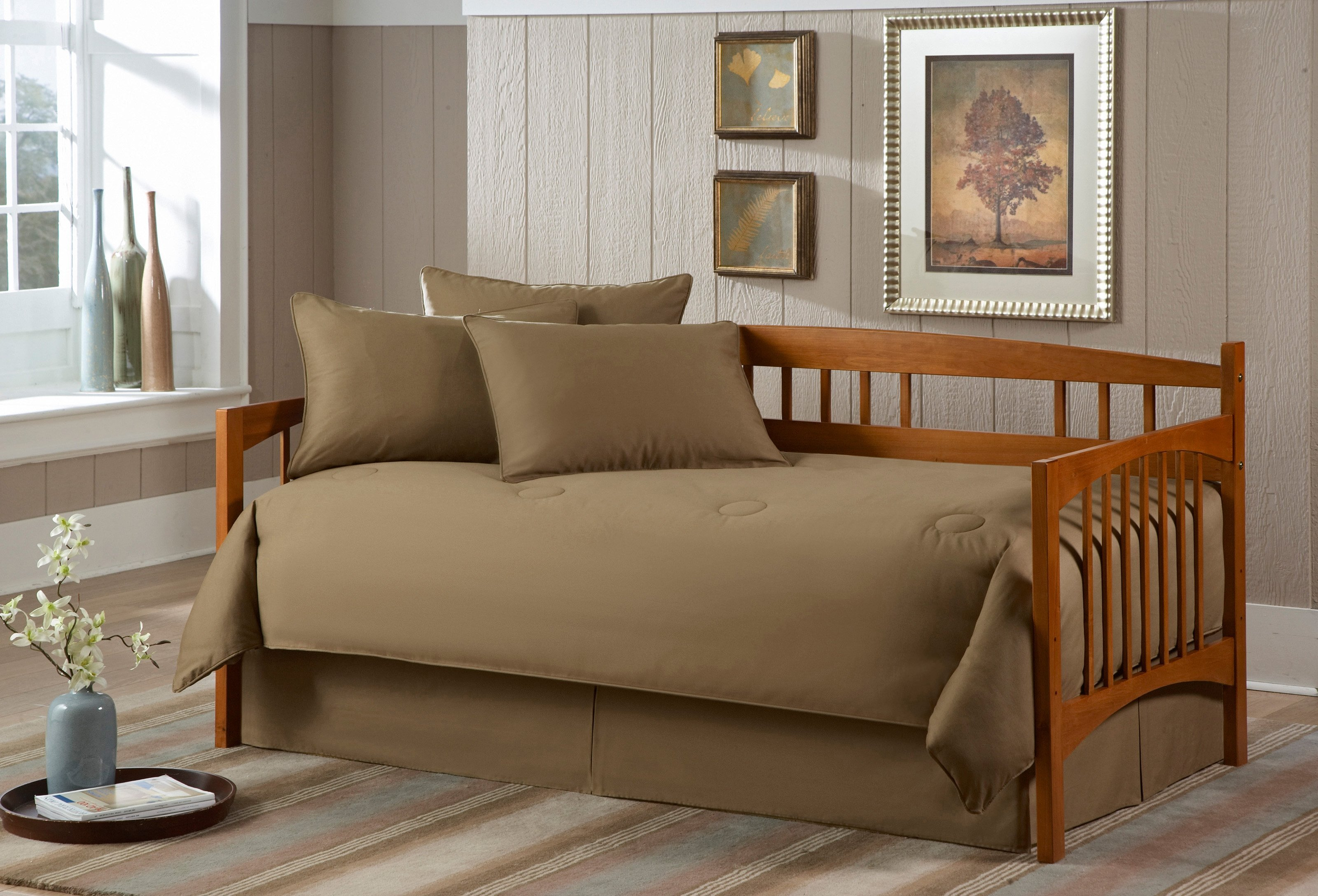 Various Designs Of Daybed To Comfort Your Day Time Homesfeed