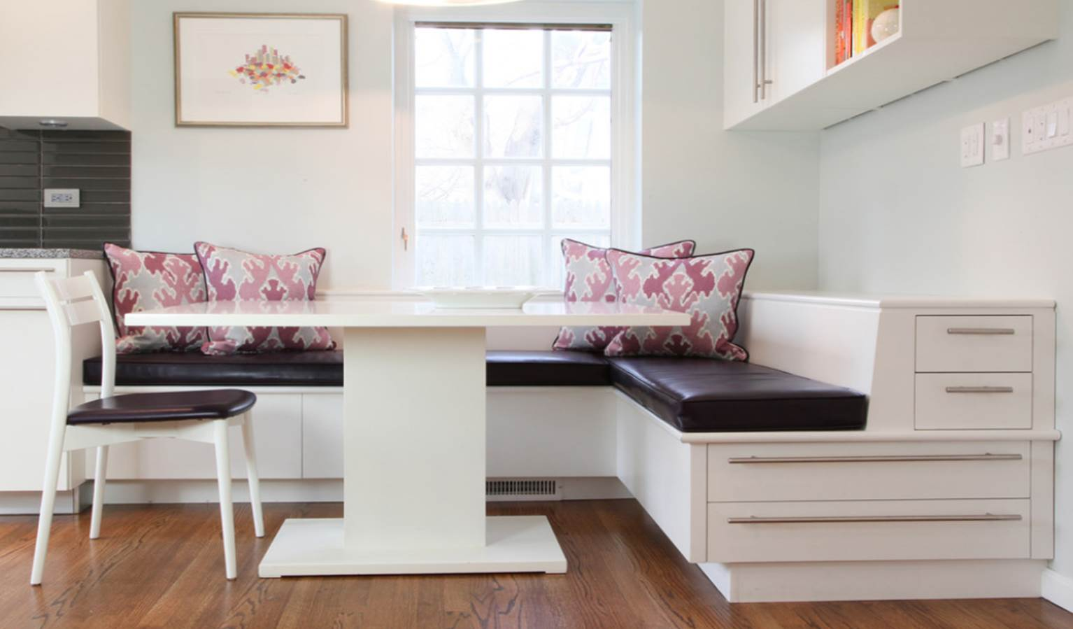 Banquette Seating Design for Compact and Fashionable Gathering ...