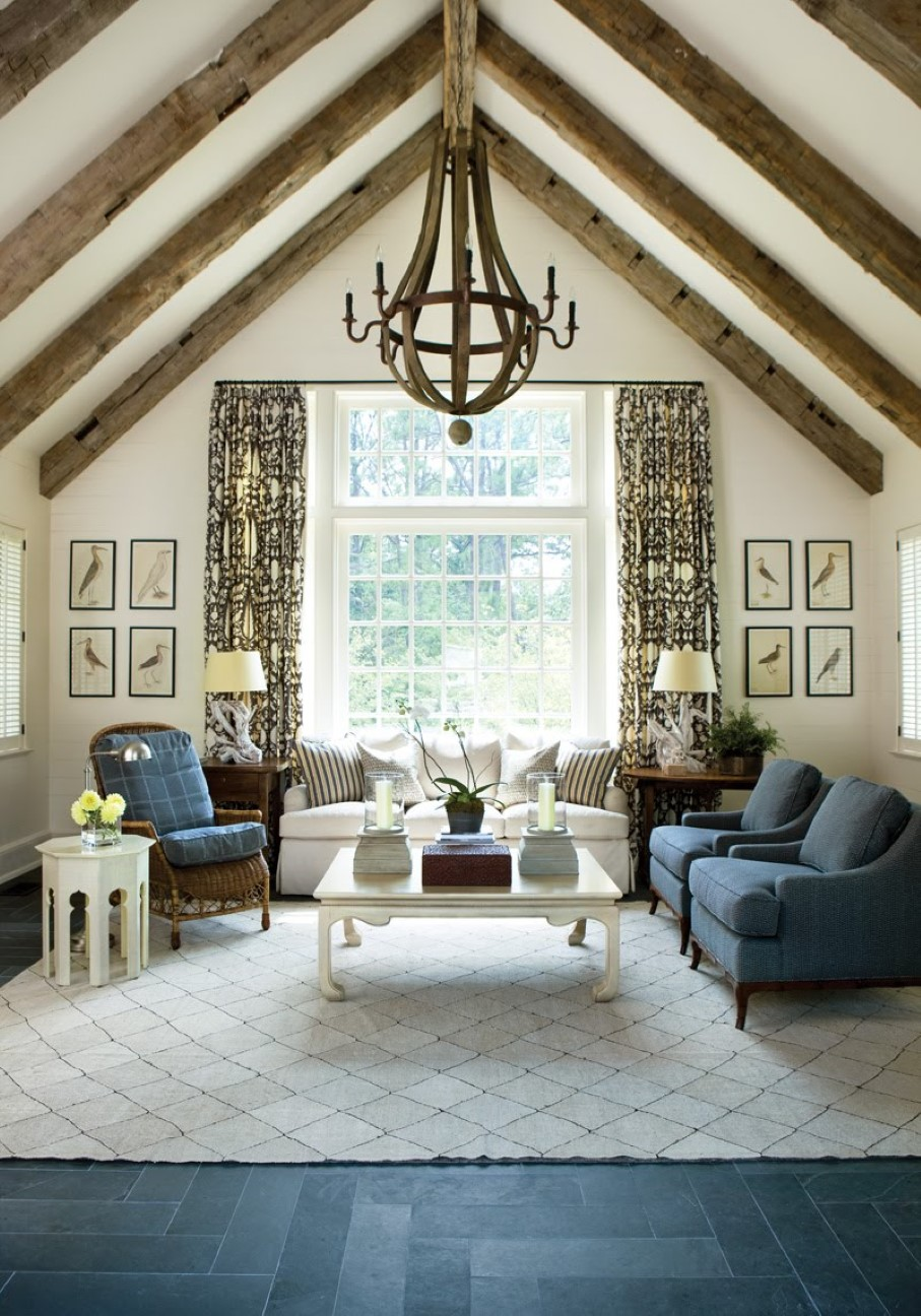 Diy floor rug gives the nuance of dream decoration homesfeed for Vaulted ceiling exposed beams