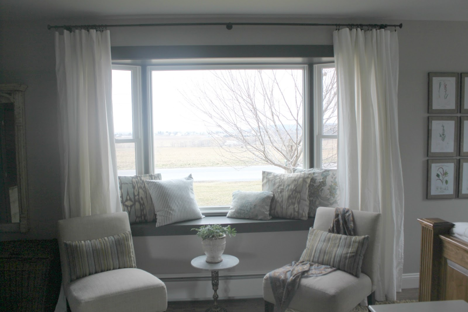 Bay Window Couch Perfect Angle To Indulge Your Eyes