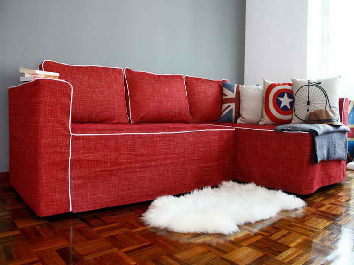 Gives your feet luxury with sheepskin rug from ikea for Lambskin rug ikea