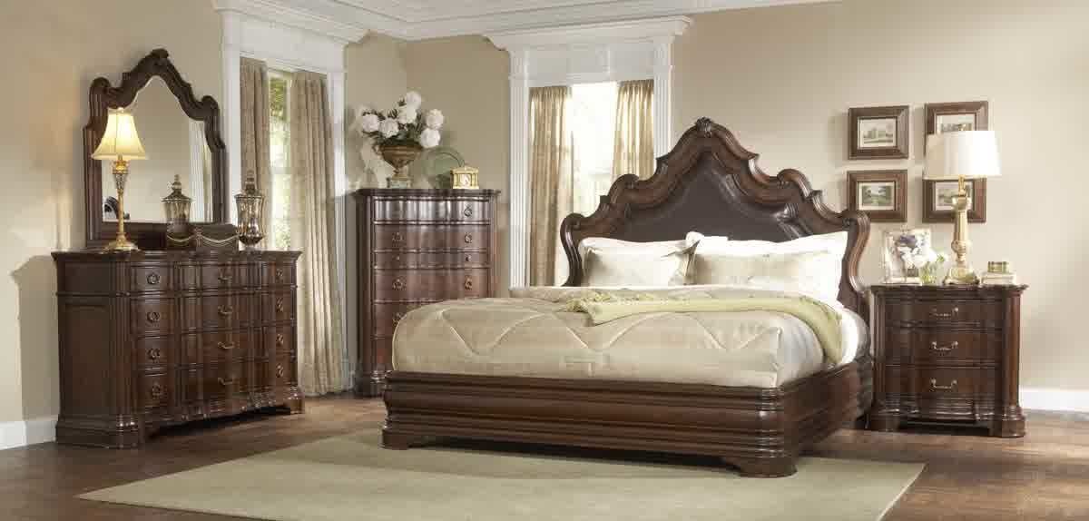 A Fancy Bedroom Set Idea With Dark Brown Bed Frame Plus Headboard A Larger Bedside Table
