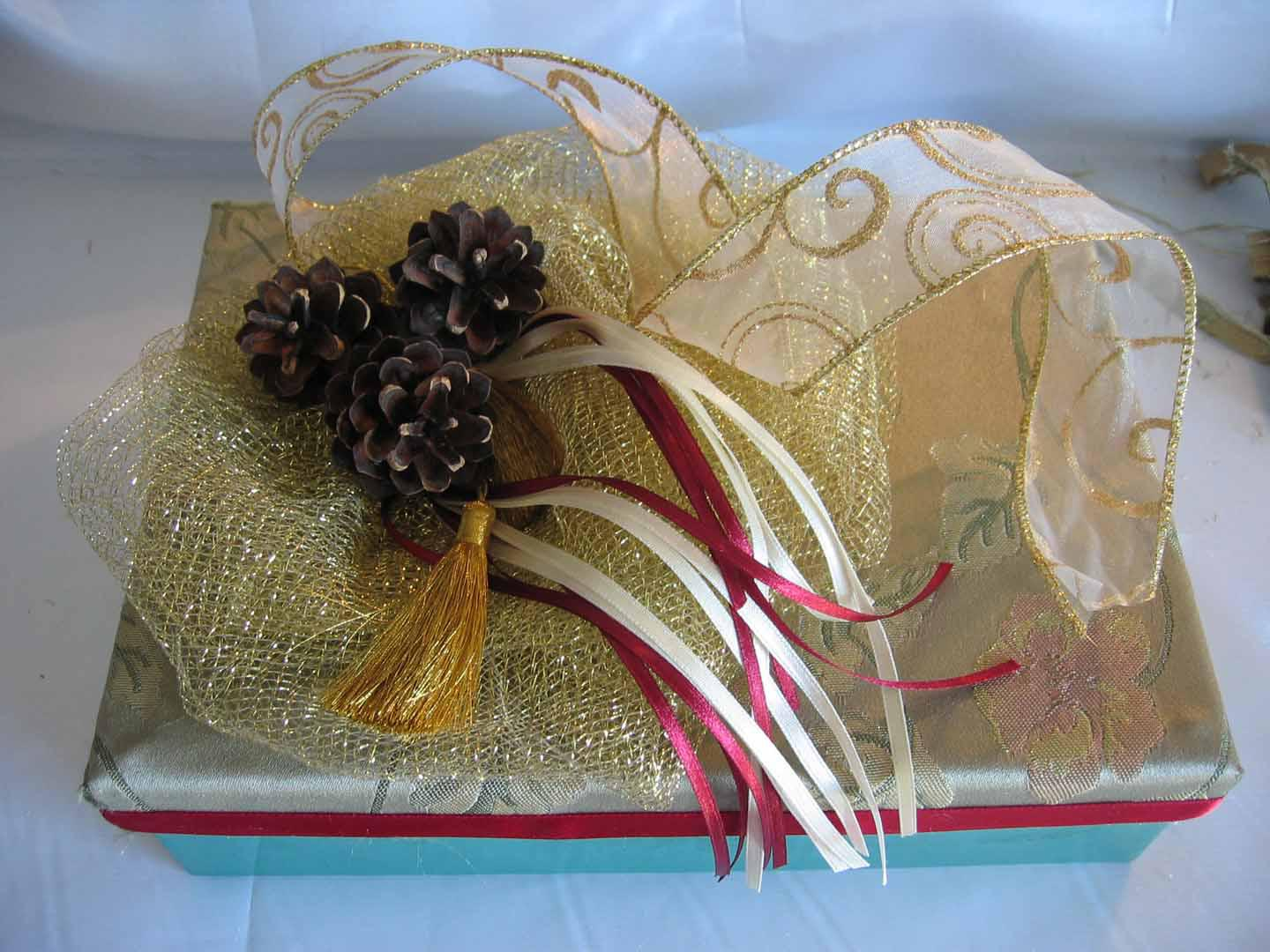 Creative Wedding Gift Wrapping Ideas: Simple Wedding Gifts
