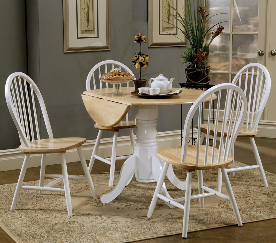 round dining table set with leaf homesfeed. Black Bedroom Furniture Sets. Home Design Ideas