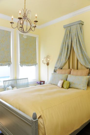 Decorating Beds without Headboards | HomesFeed