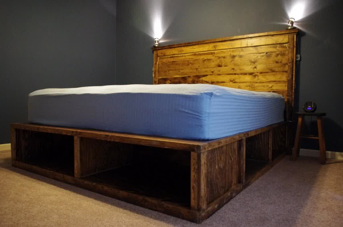 Cool shabby solid wood platform bed idea with cool shabby wood planks headboard