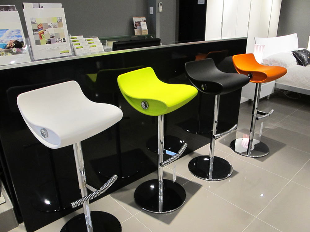 Four Colorful Funky Bar Stools - Funky Bar Stools HomesFeed - Funky Bar Stools Baileys Kitchen