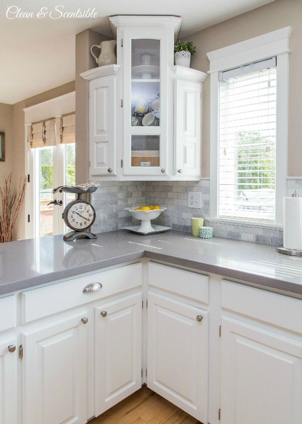 Kitchen makeovers on a budget homesfeed for Budget kitchen cabinets