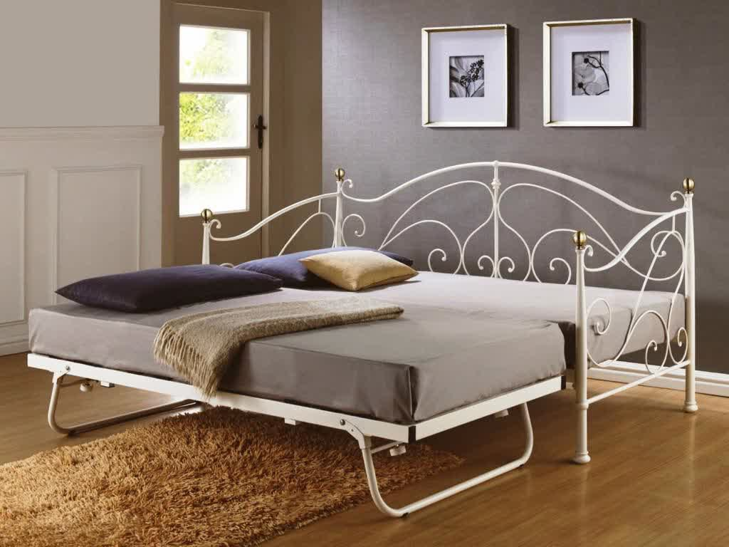 Daybed Full Size Frame: Variants of Design and Finishing | HomesFeed