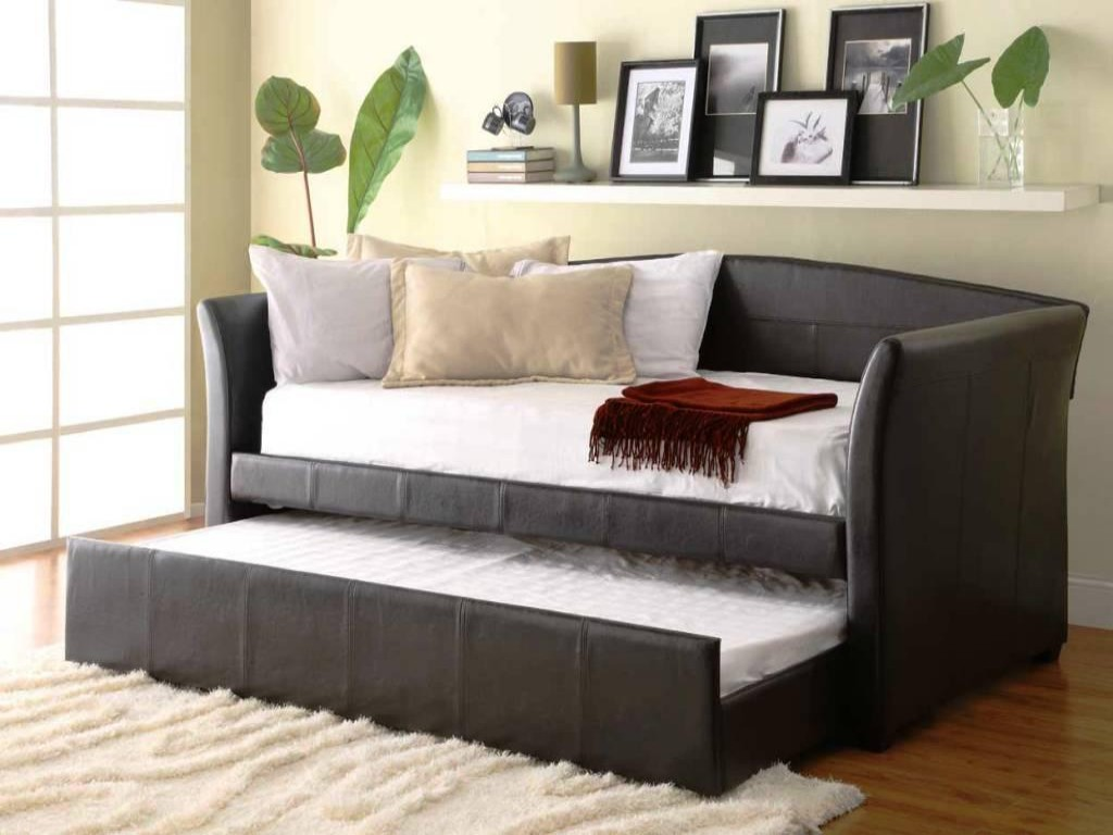 Large Sized Daybed Frame With Trundle Addition And Mattress Plus Pillows  White Shaggy Rug Floating White