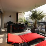 Outdoor Balcony With Apartment Balcony Furniture In Red And Black Color
