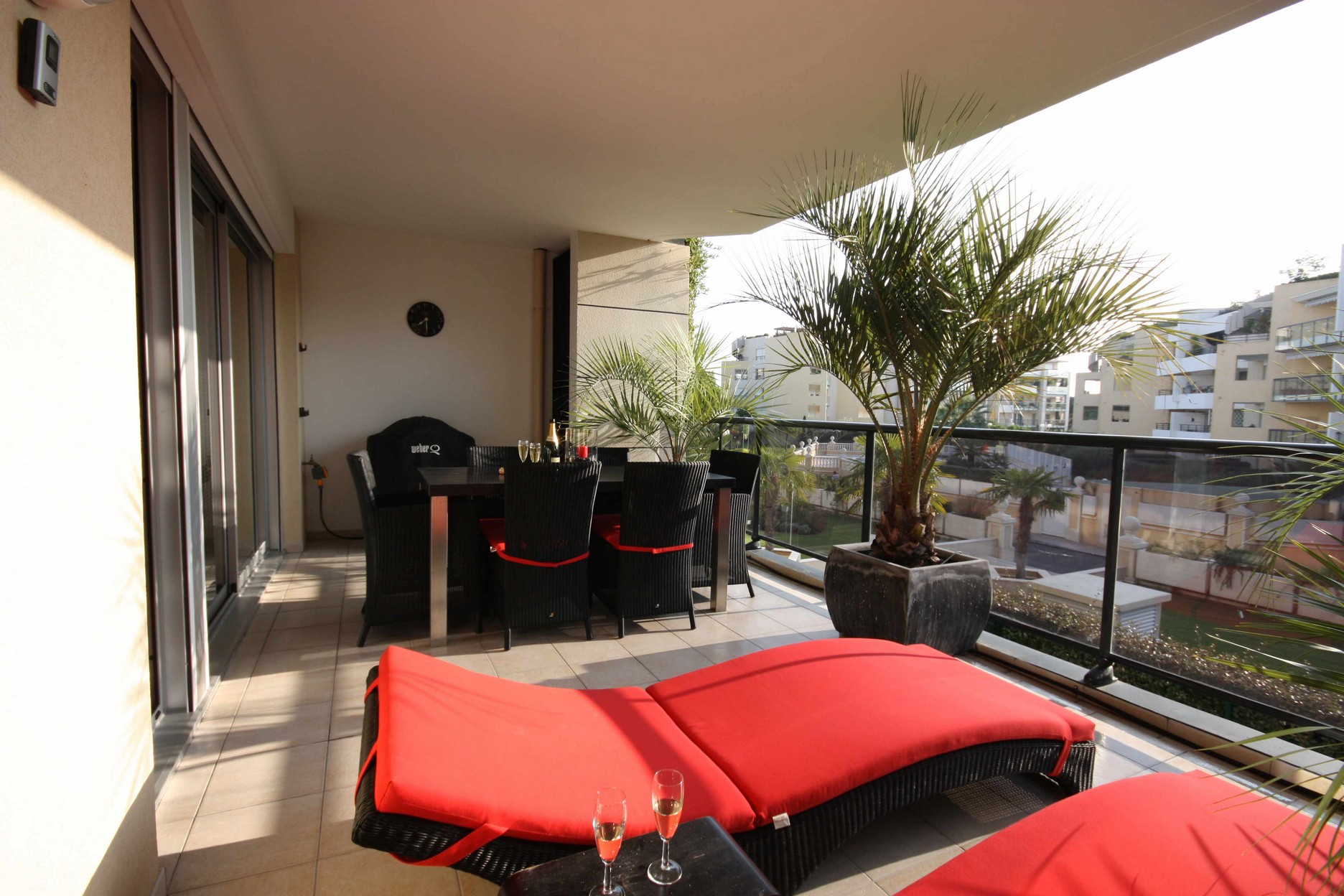 apartment balcony furniture homesfeed
