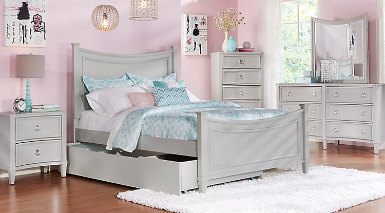 Fancy bedroom sets for little girls homesfeed for Fancy girl bedroom ideas