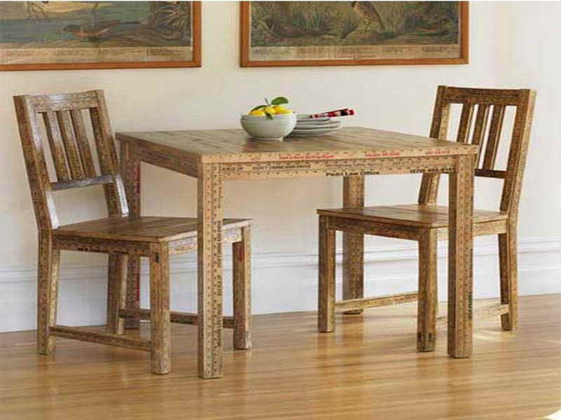 Small rectangular dining table homesfeed for Small wooden dining table set