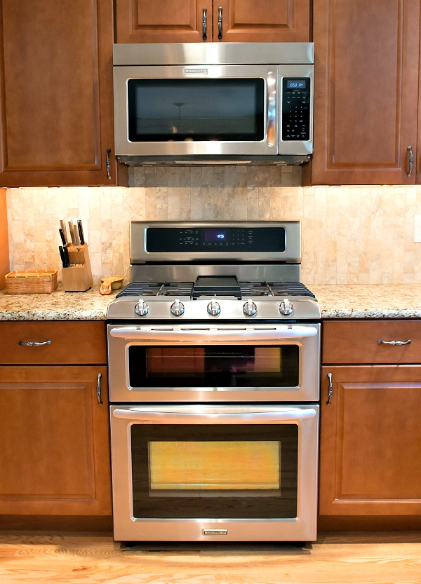 Small stove for small kitchen home design for Small kitchen cabinet set