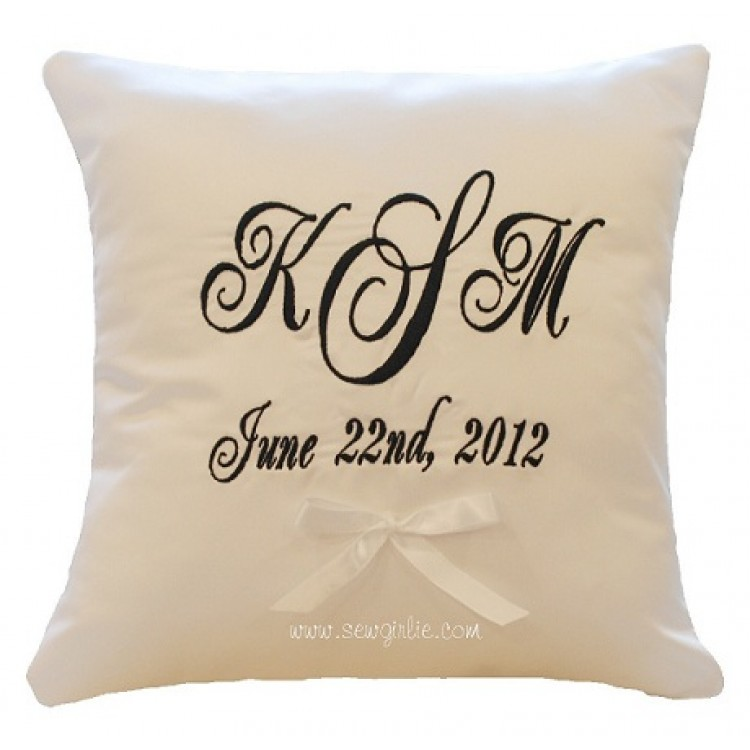 How To Make A Monogram Throw Pillow : Monogrammed Throw Pillows HomesFeed