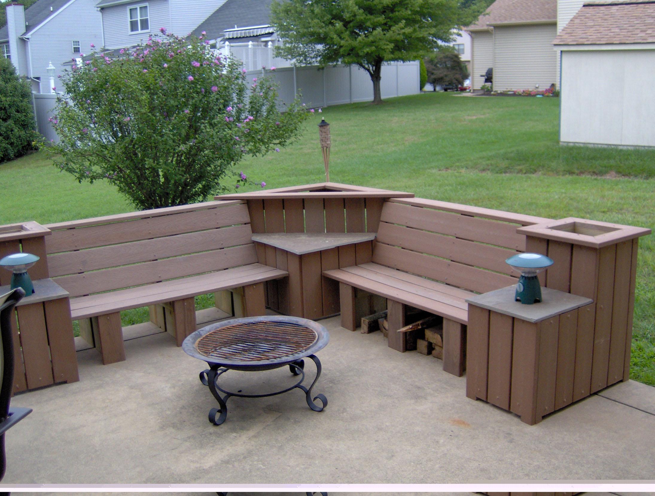 Outdoor Corner Bench