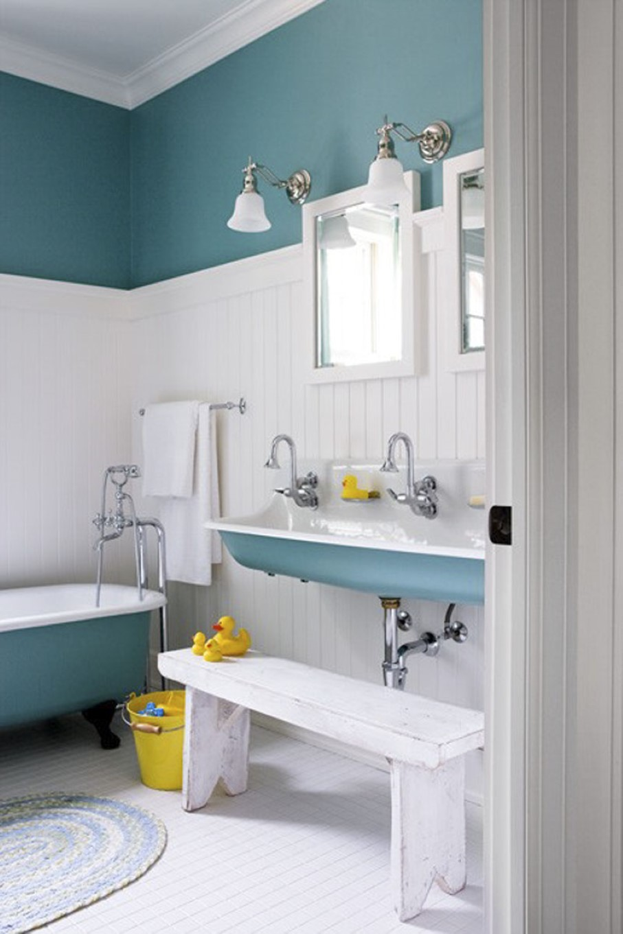 Refresh Your Bathroom with Latest Color Trend Ideas | HomesFeed