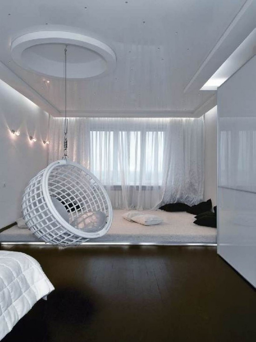Adorable White Comfy Chair For Bedroom Design With Lattice Style And Black  Floor And White Bedding