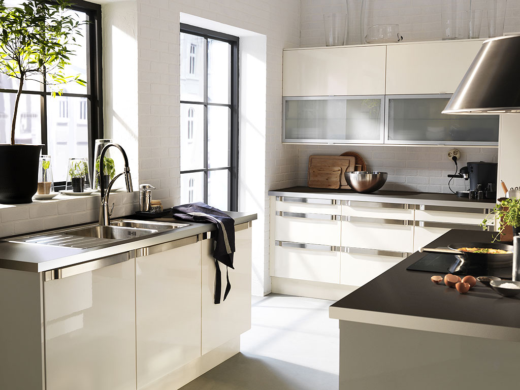 Playful and modern kitchen cabinet planner images homesfeed for Ikea planner kitchen