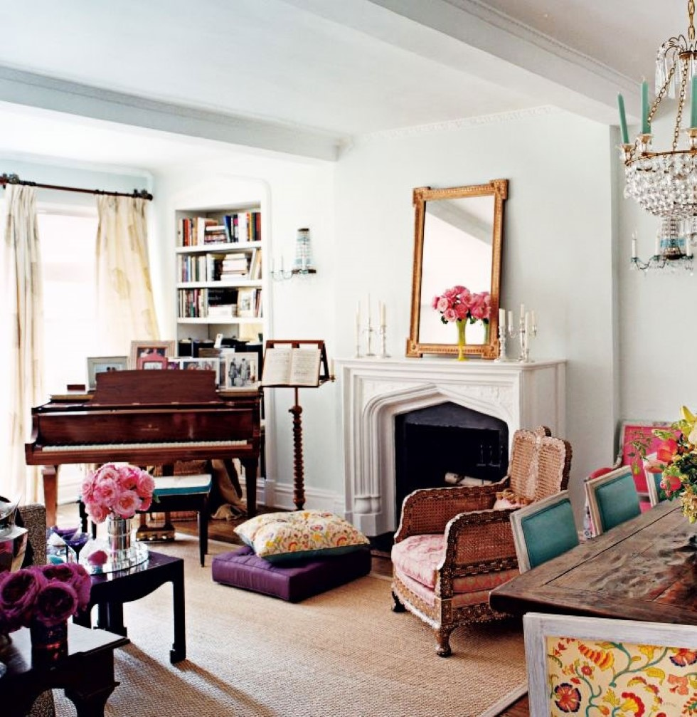Apartment Living Room: Bohemian Apartment Decor To Close The Artistic Year With