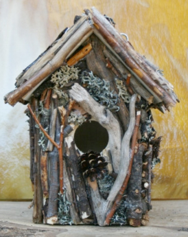 Creative and Decorative Birdhouses for Your Backyard ...