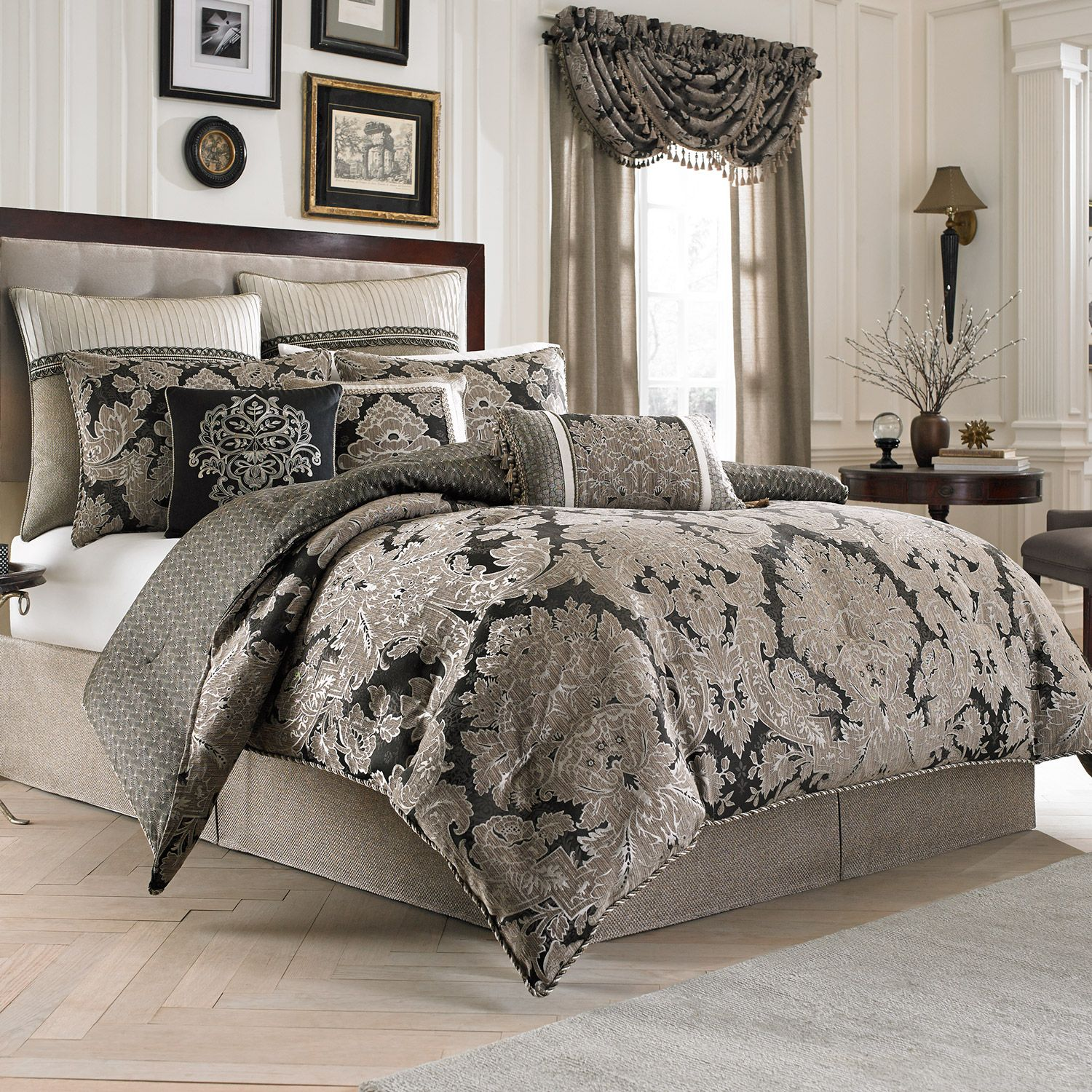 California King Bed forter Sets Bringing Refinement in