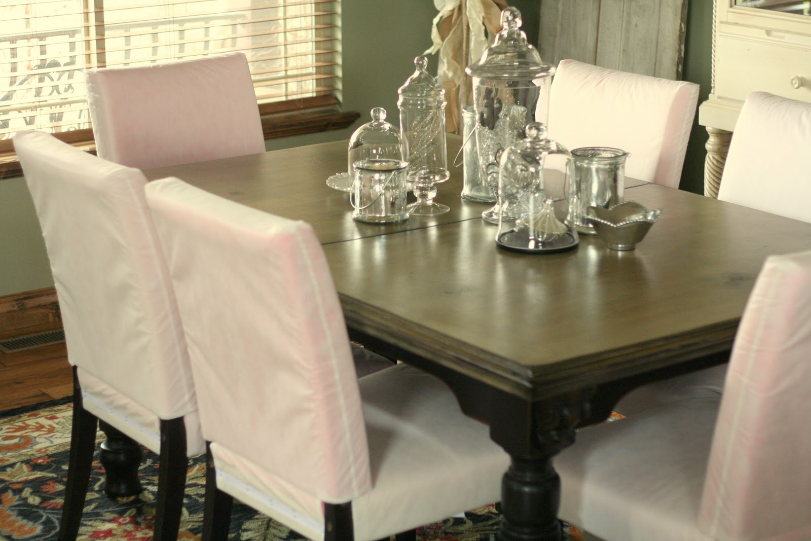 Elegant Slipcover for Dining Room Chairs – Stylish Look | HomesFeed