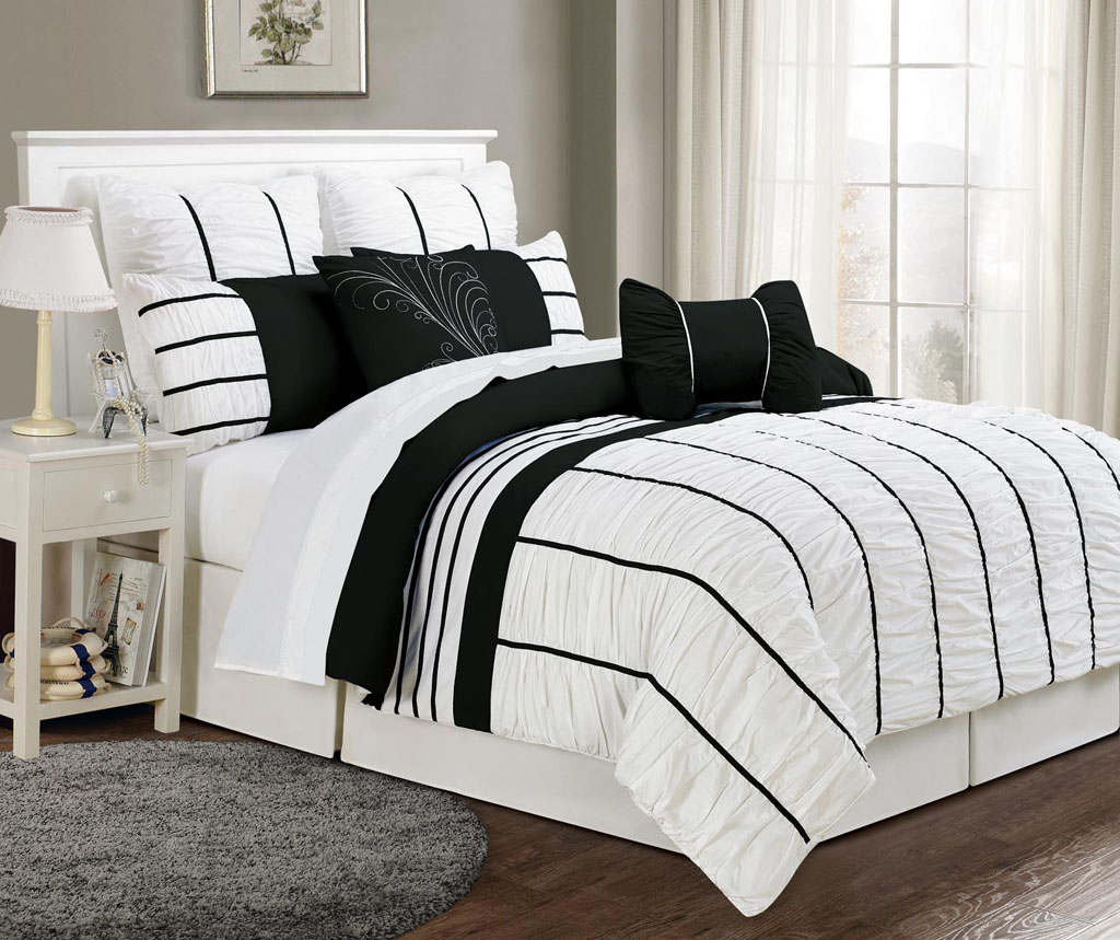 get alluring visage by displaying a white comforter sets king