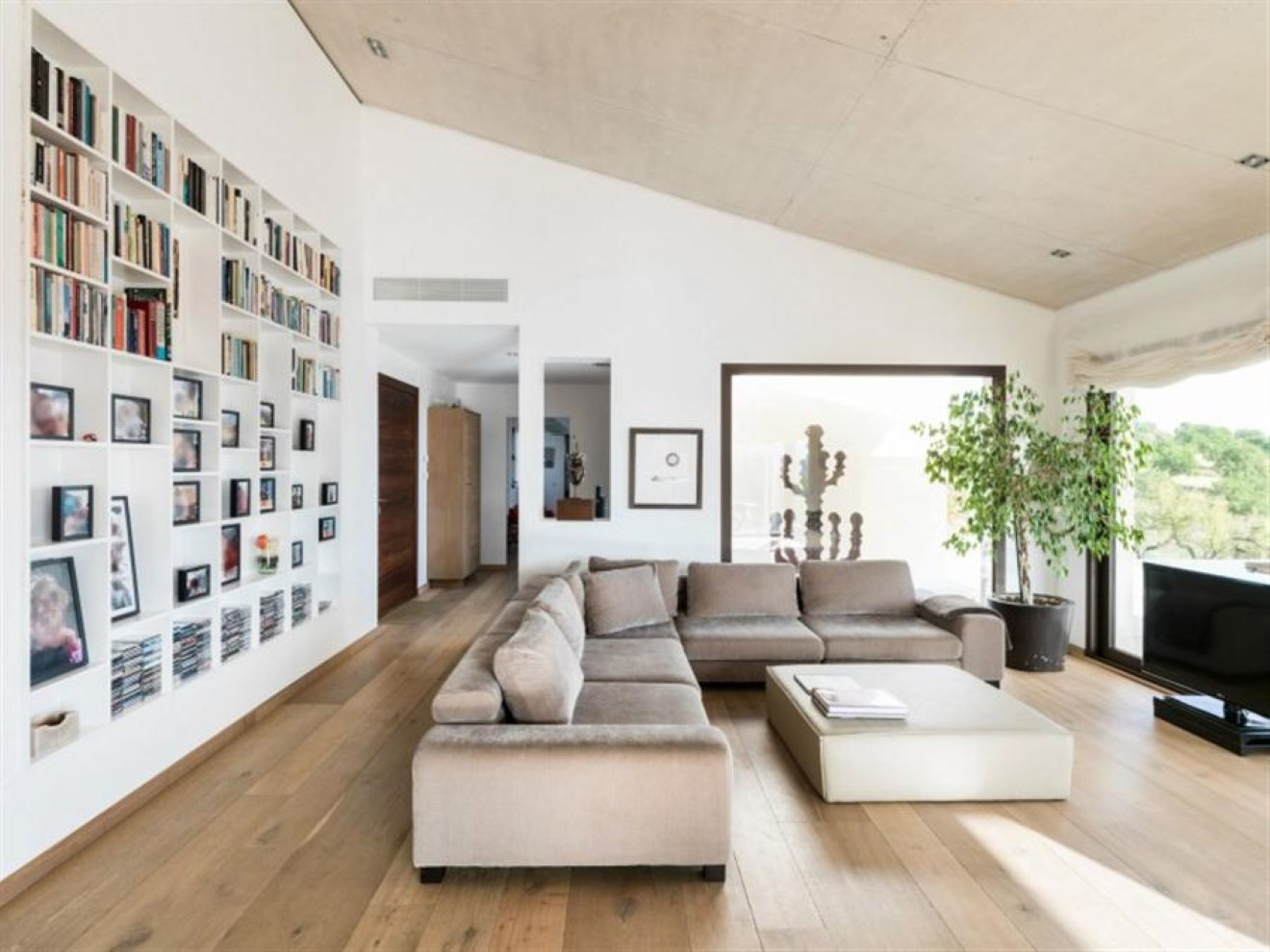 How to make a perfect interior design with built in for Perfect interior designs