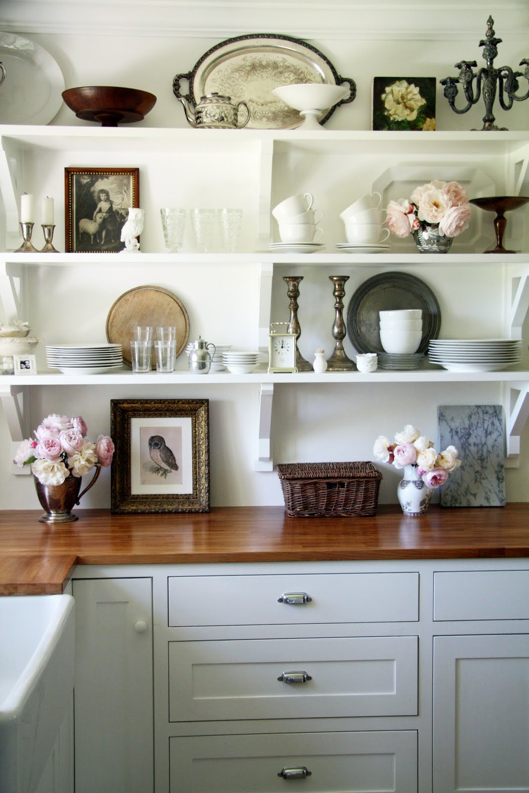 shabby chic kitchen shelving idea for ideal space saver | homesfeed