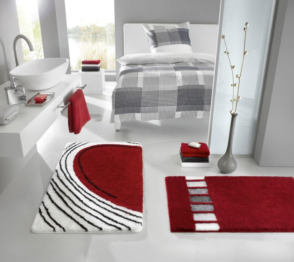 Contemporary Rug For Luxurious Bathroom Look