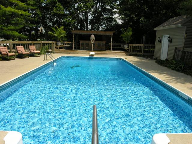 House with best modern swimming pool deep in luxury - Best home swimming pools ...