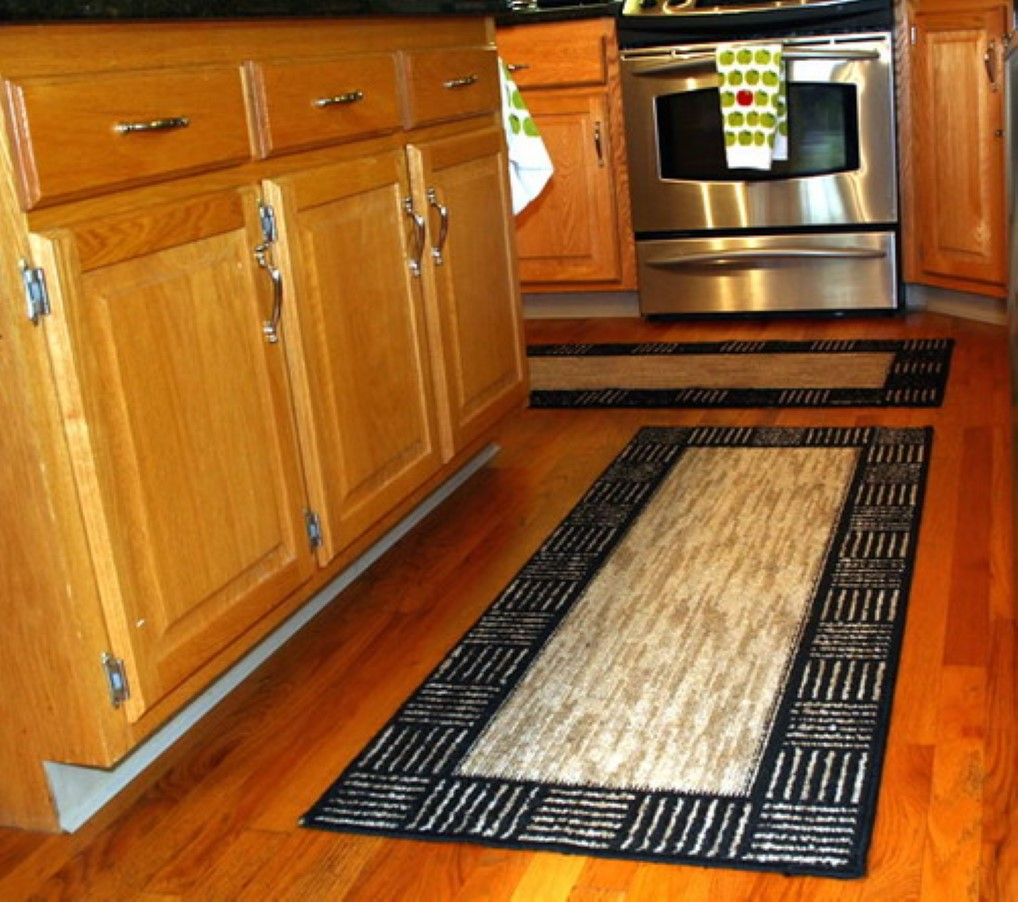 Some Vintage And Stylish Kitchen Mat And Rug Ideas