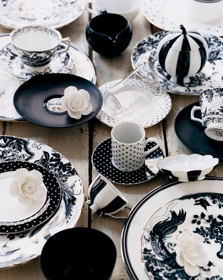 unique black and white dinnerware idea with floral and polka dot pattern on wooden table & How to Color the Dining Table with Black and White Urban Ware ...