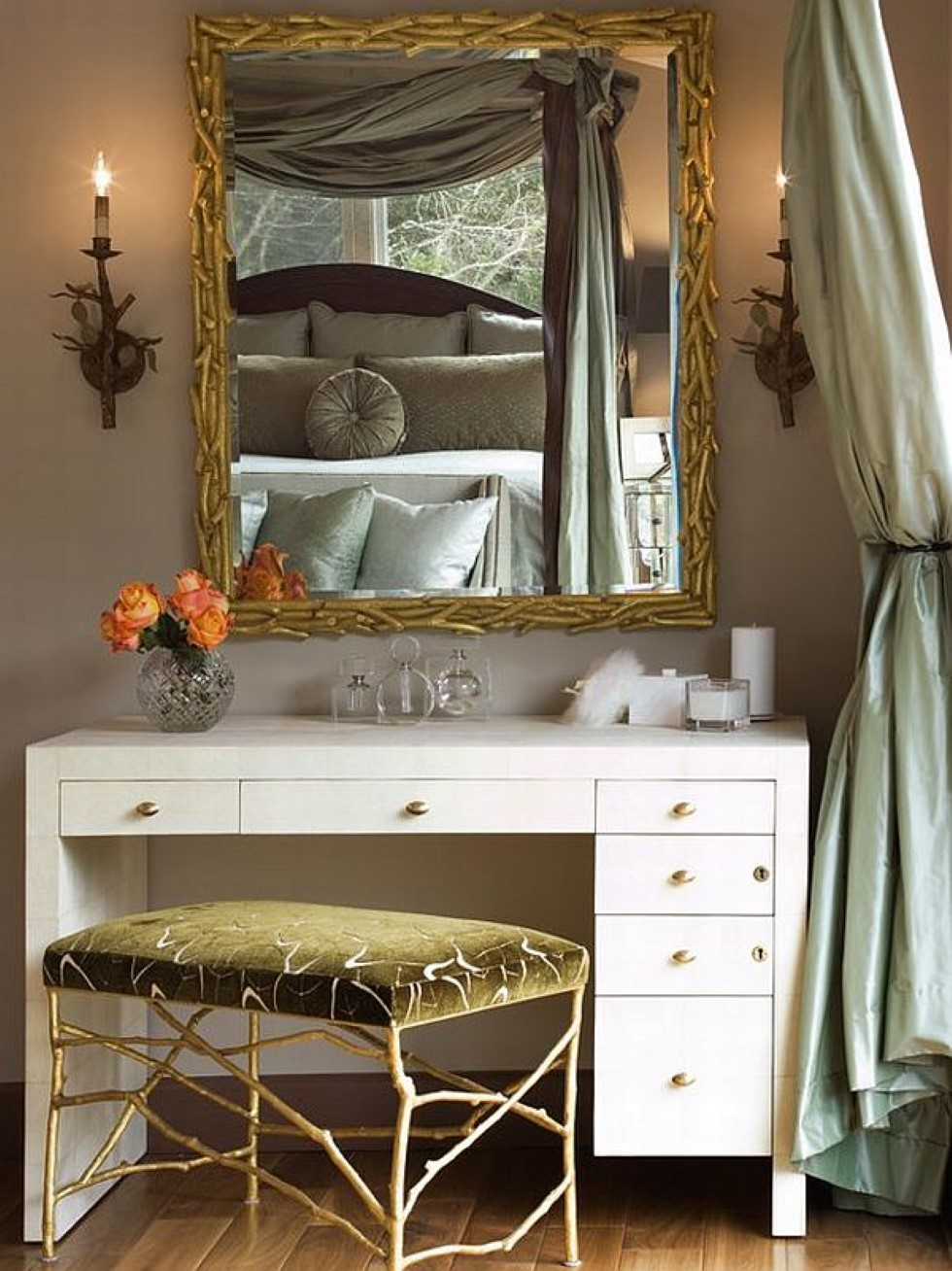 Modern dressing table with mirror - Unique Minimalist And Bohemian Combination Of Dressing Table With Root Framed Wall Mirror And Bench In