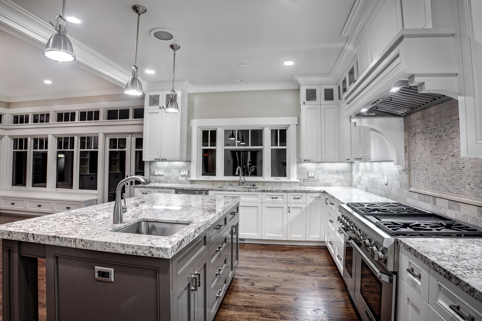 Kashmir White Granite Countertops Showcasing Striking Interior